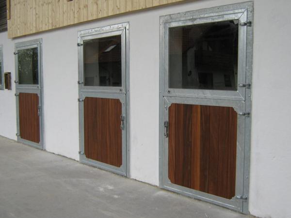 Porte de boxe standard