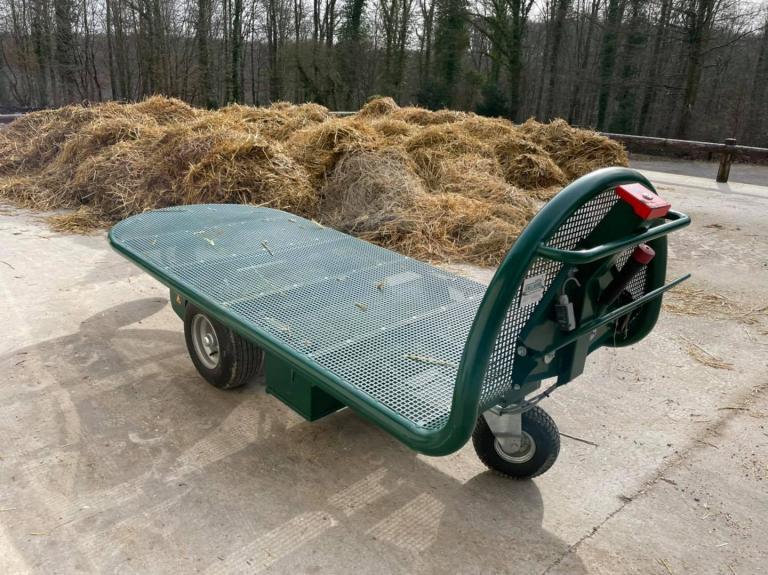 Livraison d'un chariot à fourrage électrique à Feuillie (76)